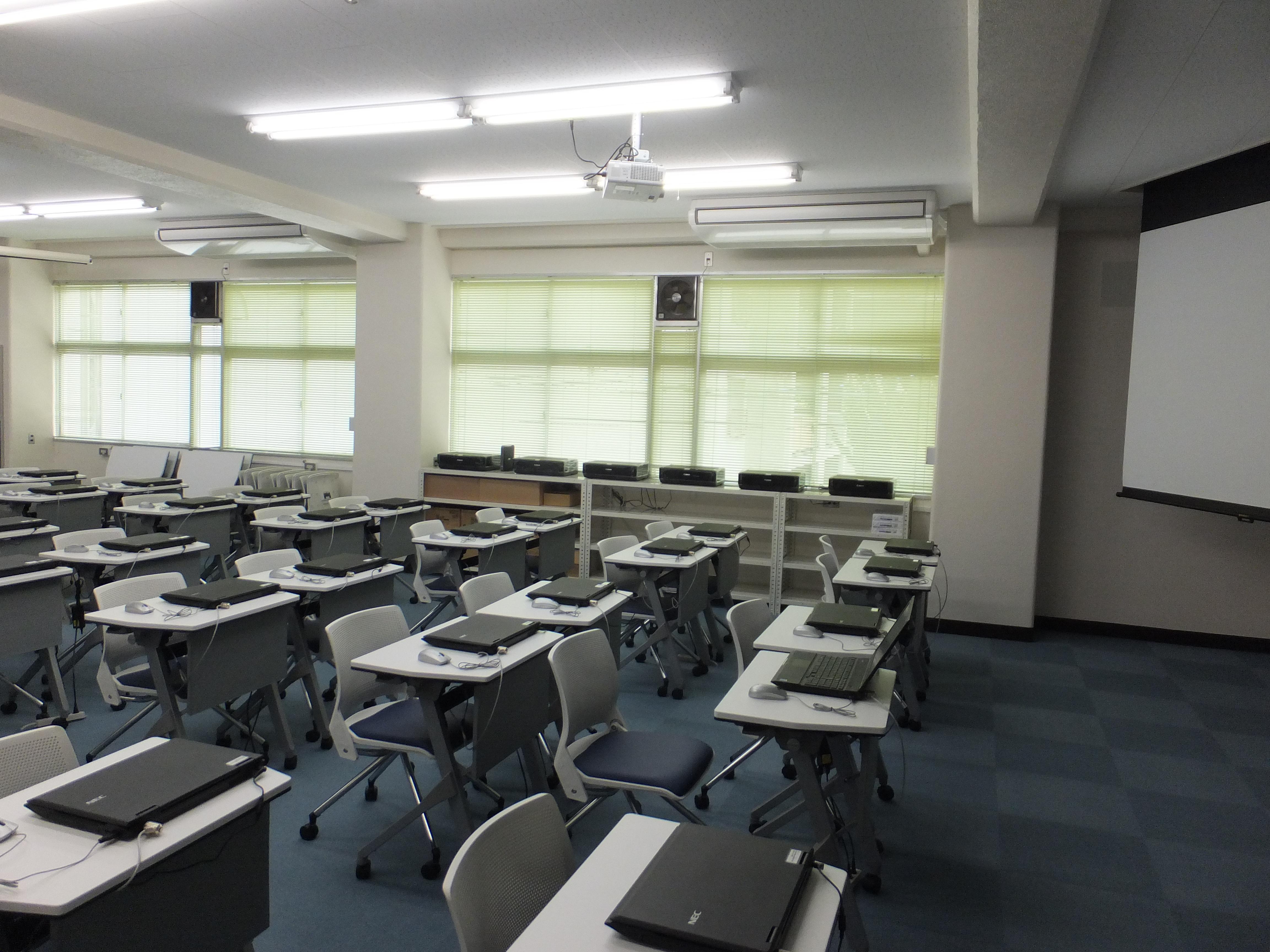 尾道市医師会看護専門学校画像